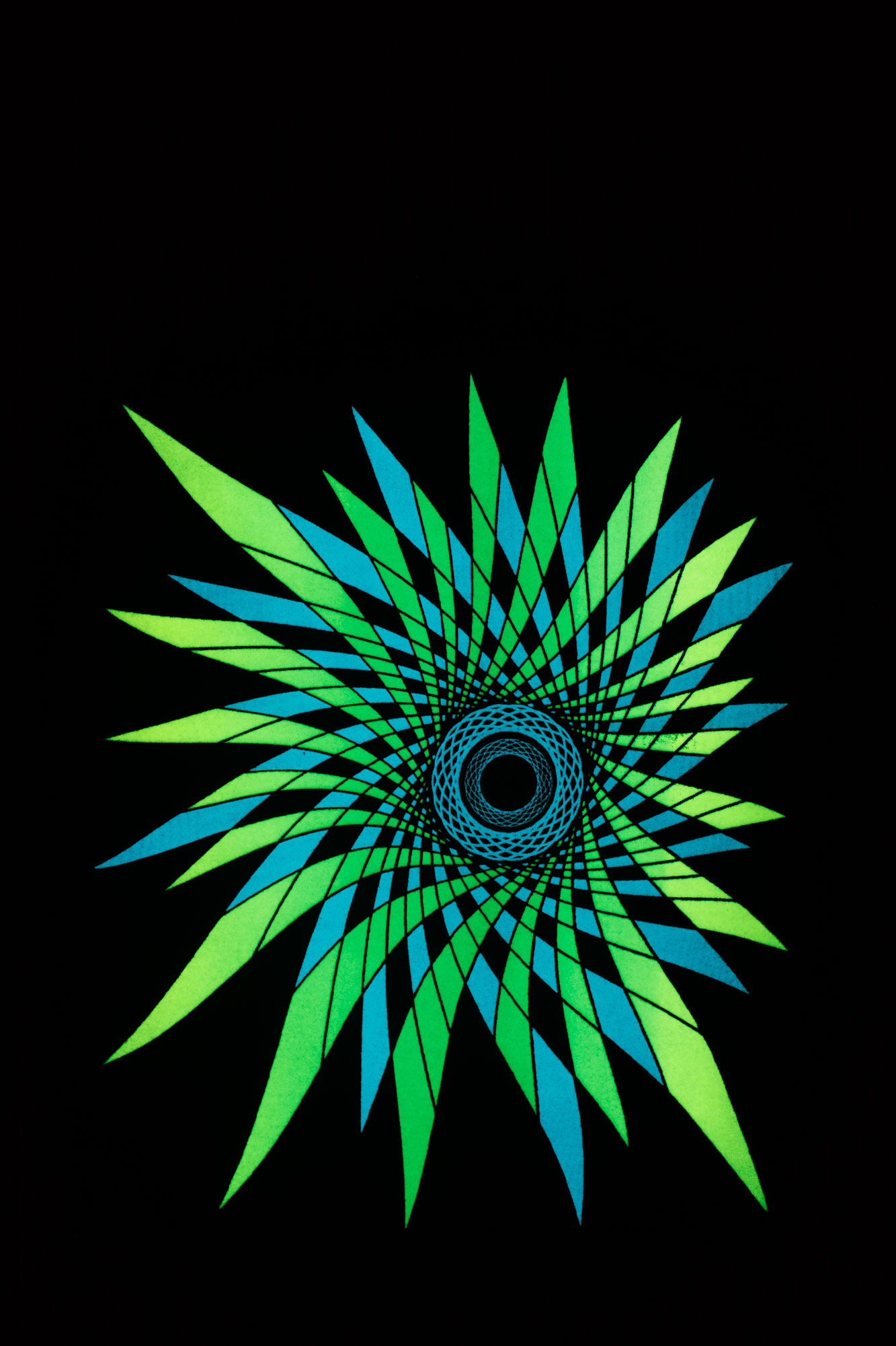 how to make glow in the dark t shirts